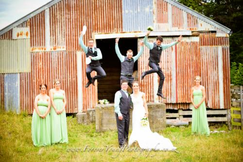 wedding photo jump